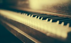 Jazz Piano Introduction – Five Chord Qualities
